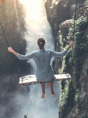 FOREST VISTA WOMAN ON SWING pexels-artem-beliaikin-1122868